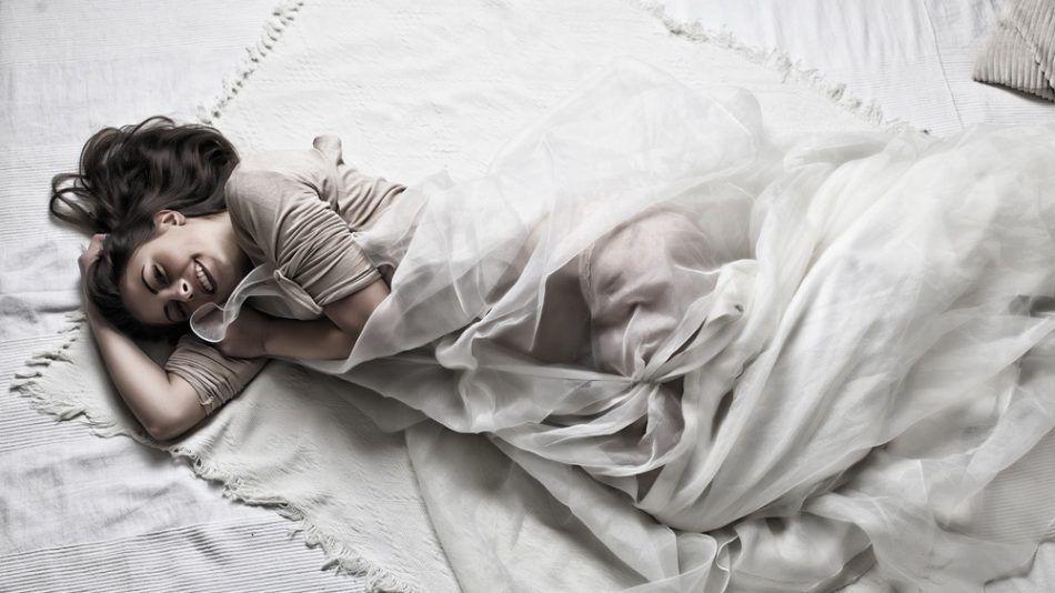 Slaapkamer Feng Shui : Feng shui: zó zorg je voor een positieve flow in je slaapkamer
