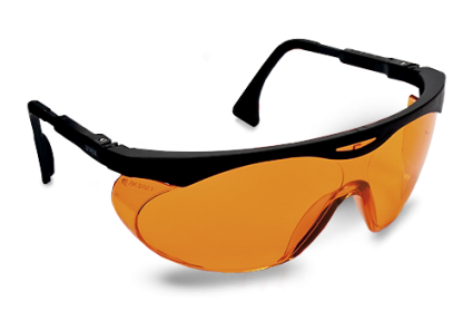 Bril Met Licht : Deze slaapbril blokkeert blauw licht en evelyn testte m uit
