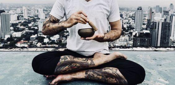 mannen yoga