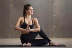 detox yoga twist