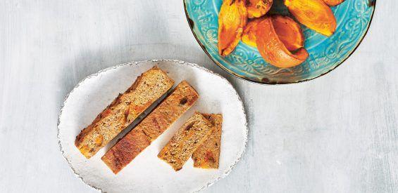 Weekendrecept: pompoen-kokosbrood barstensvol gezonde ingrediënten