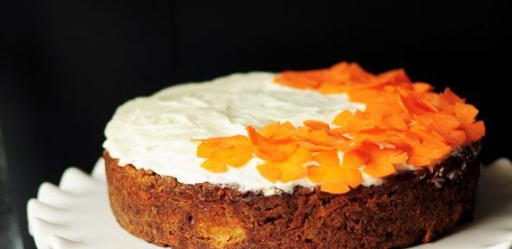 Recept: vegan carrot cake mét extra vitamines en mineralen