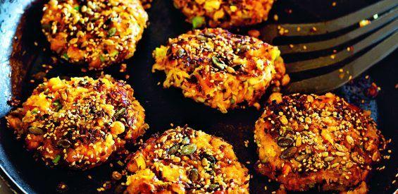 Recept voor een gure herfstdag: crunchy pompoen-kikkererwtenburgertjes