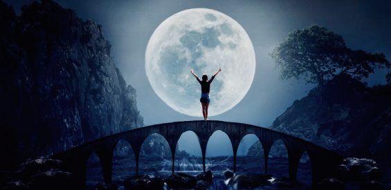 Zo creëer je jouw eigen volle maan ritueel
