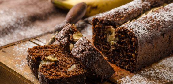 Recept: selfcare chocoladecake met banaan en avocado
