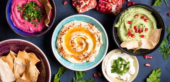 Hummus als maaltijdbasis: in Israel doen ze niet anders en nu breekt de trend hier door…