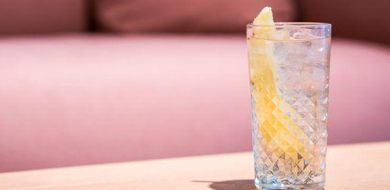 Amsterdam rietjesvrij: doe je mee met een weekend lang rietjesvrij cocktails drinken?
