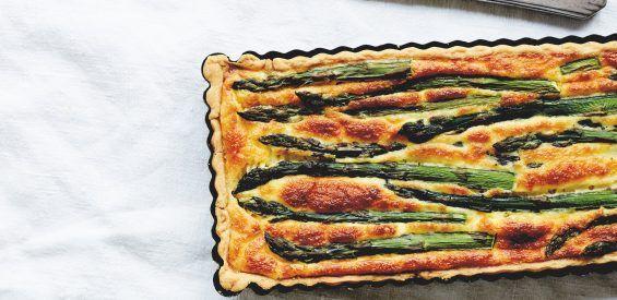 Zomers picknickrecept: Aspergetaart voor luxe on the go