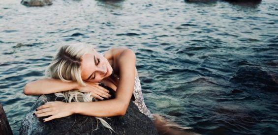 Yoga Nidra: de anti-stress buster die we allemaal hard nodig hebben