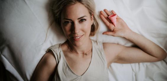 Menstruatiecup review: gezonder, groener en goedkoper?