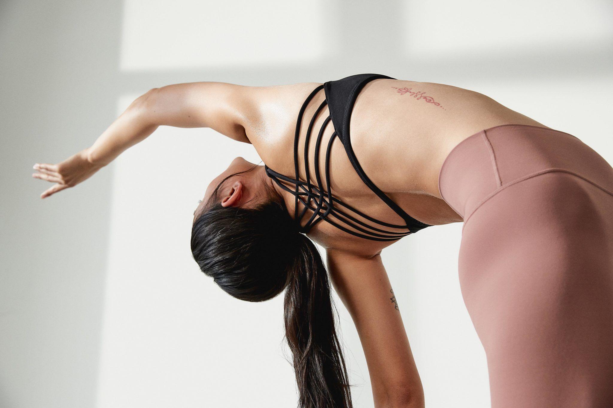 lululemon, align pant, yoga magazine, cover, karlijn visser