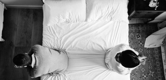 Voel jij je alleen in jouw relatie? Dit zijn 3 triggers voor eenzaamheid