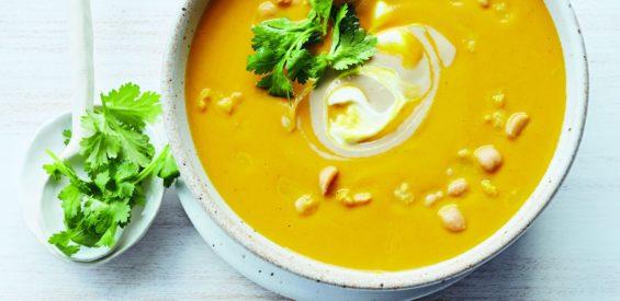 Recept van Donna Hay: ontstekingsremmende wortelsoep met kurkuma