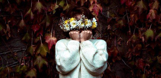 Het stille midden: zo maak je contact met jouw verticale as waar genezing en liefde huist
