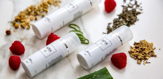 WIN: 3 x plant powered skincare set van Azra Botanical Simplicity t.w.v. €135