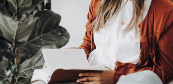 Met déze 5 boeddhistische wijsheden verlicht je jouw (thuis-)werkweek