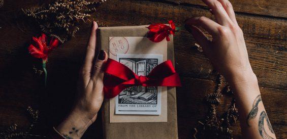 Dit zijn de 19 állerleukste december cadeautjes door de redactie geselecteerd!