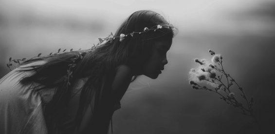 Jouw innerlijke kind: waarom een liefdevolle relatie met 'je lagere zelf' van levensbelang is