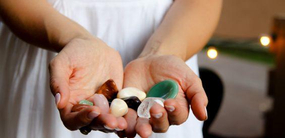 Worry stones: zo werkt jouw stressbal onder de edelstenen