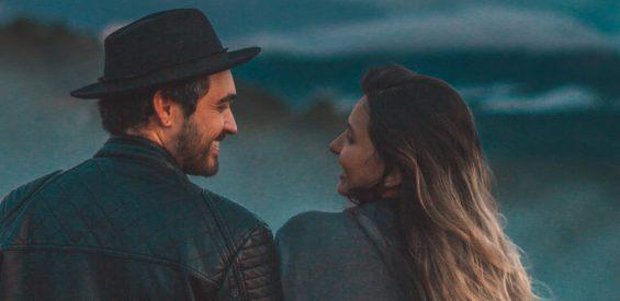 Een productief, stressvrij gesprek met je partner: déze 5 gouden regels geven houvast
