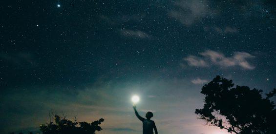 Op astrologische tijdreis door augustus: deze belangrijke kosmische verschuivingen komen eraan