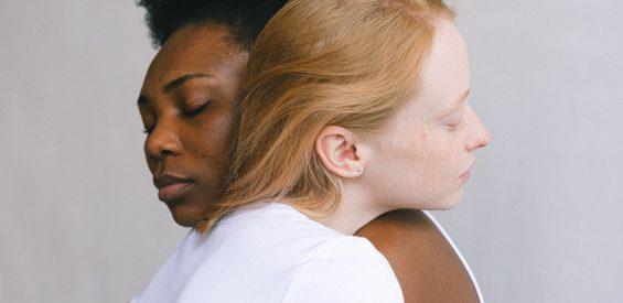 Op zoek naar een partner? Laat déze 5 mythes over daten dan vooral los